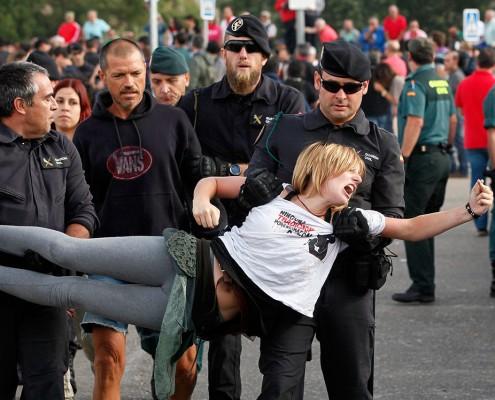Protestas por el Toro de Vega en Tordesillas - Photogenic Agencia Gráfica